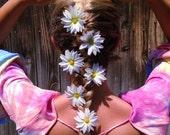 Daisy Hair Pin Set,  Flower Clips, Flower Pins, Hair Accessories, Flower Bobby Pins, Bridal Bobby Pins