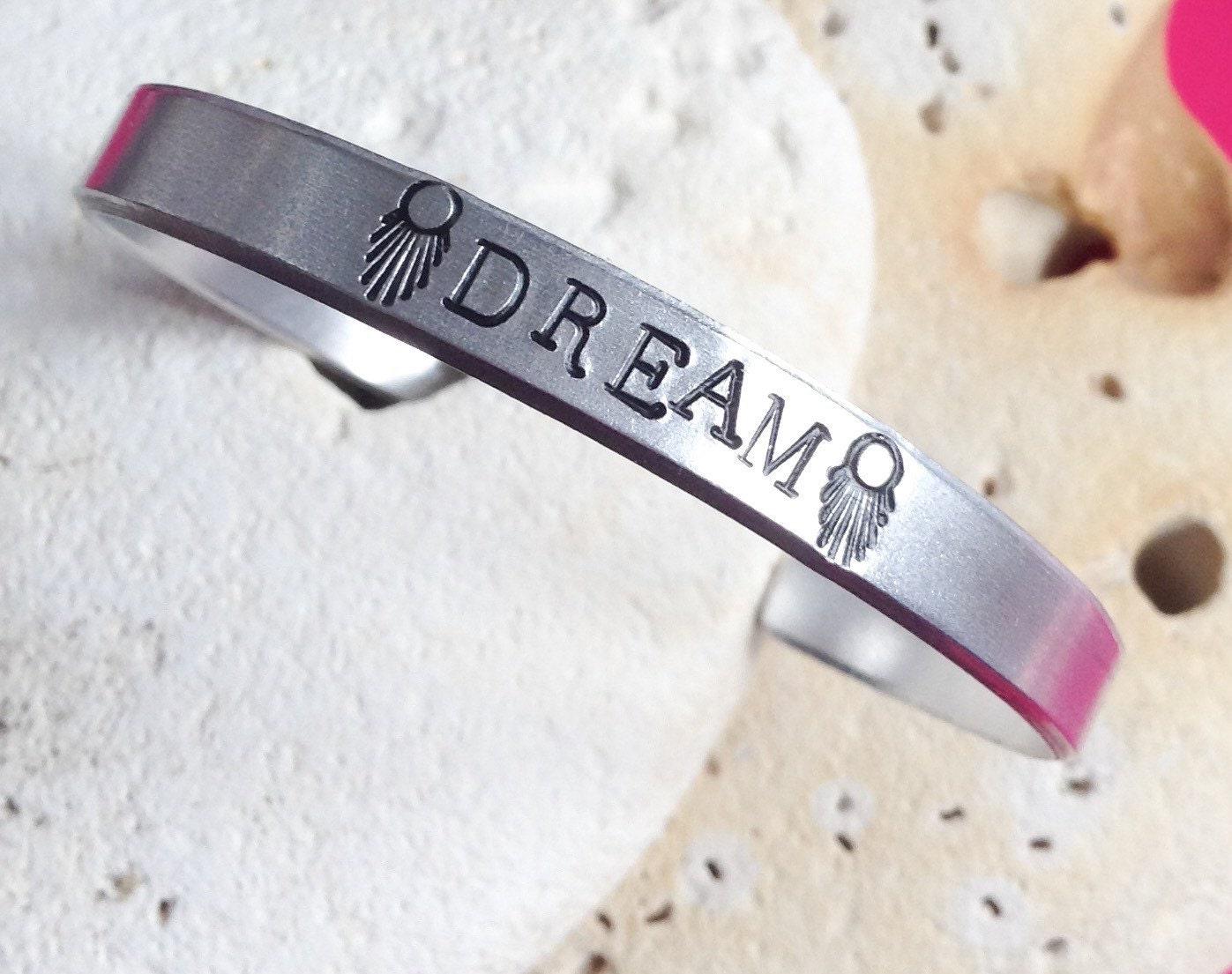 Dream motto bracelet - adjustable - handstamped