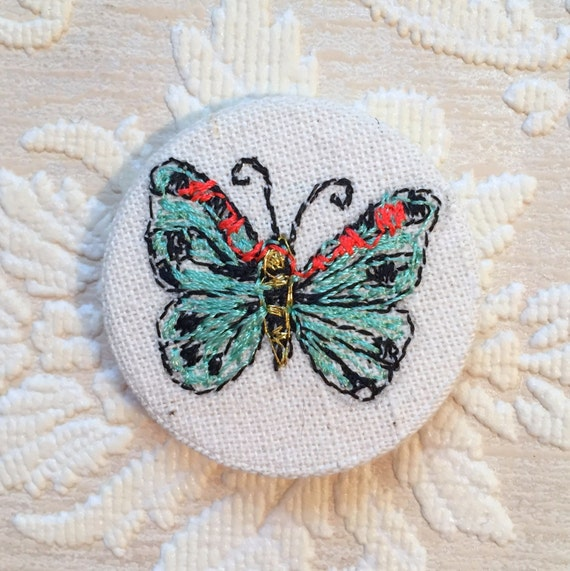 Butterfly badge- linen- stitched