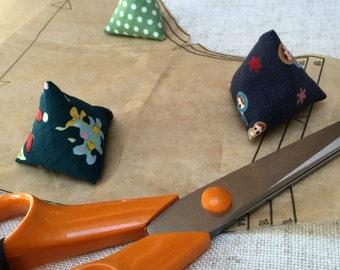 12 Handmade Pattern Weights
