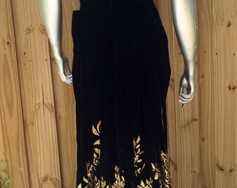 JESSICA MCCLINTOCK Vintage Black Velvet Gold Glitter Bustle Victorian Dress Gown