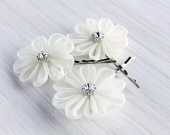 Ivory Hair Pins, Small Bridal Clips, Kanzashi Hair Pins, Wedding Bobby Pins, Bridesmaid Flowers, Organza Hair Clips, Vintage Bridal Pins
