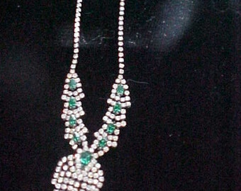 1940s Rhinestone Necklace with Green Rhinestones, Beautiful