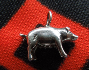 Vintage Mama Pig Charm Sterling Silver Charm for Bracelet from Charmhuntress 01889