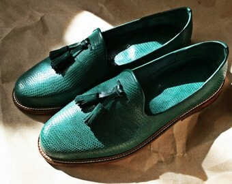 Green leather tassel loafers