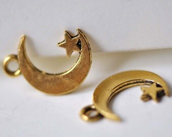 Antique Gold Crescent Moon Star Charms 11x17mm Set of 20 pcs A7882