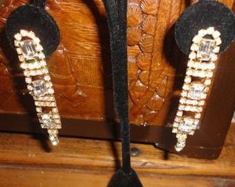 Vintage Crystals Goldtone Dangle Earrings*****.