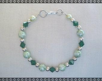 green bracelet, light green bracelet, swarovski bracelet, swarovski, green