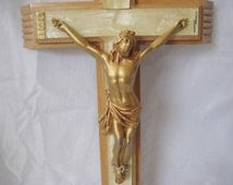Vintage wood crucifix with life like Jesus, hidden compartment, holy water bottle, faux mother of pearl finish