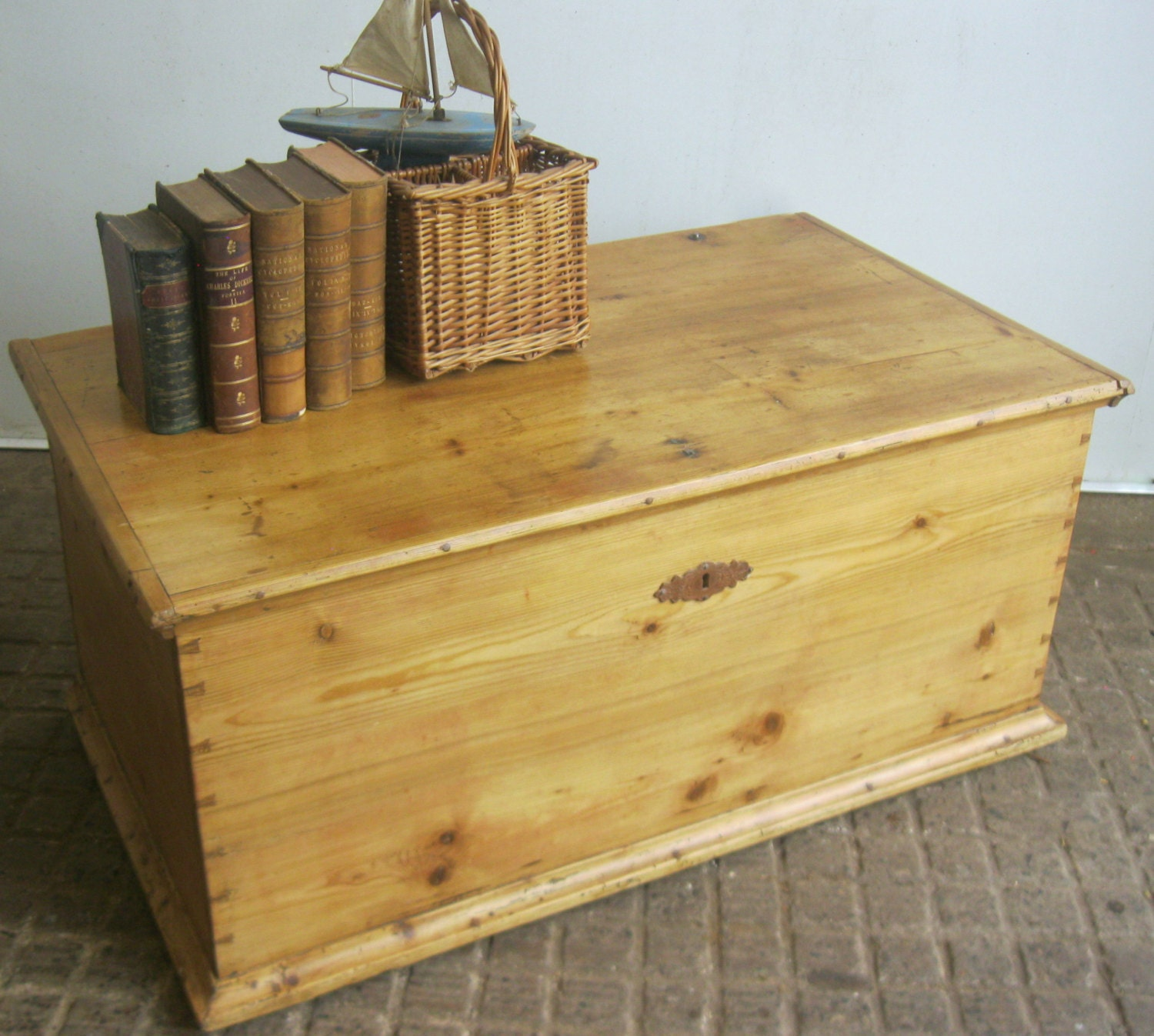An Antique Pine Blanket Box / Coffee Table