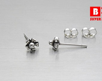 925 Sterling Silver Oxidized Earrings , Flower Earrings, Stud Earrings (Code : ED03)