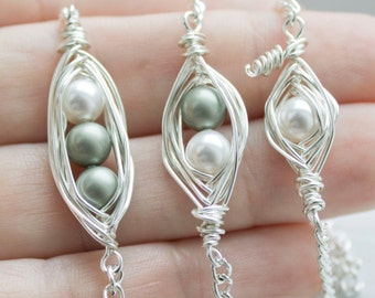 Two Peas in a Pod - Gift for Mom - Peas in a Pod Bracelet - Mom of Twins - Pregnant with Twins - Miscarriage Bracelet for Christmas Gift