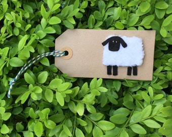 Knitted Sheep gift tag