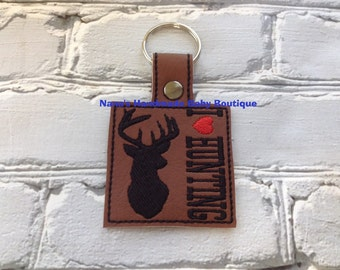 I LOVE HUNTING - Whitetail - Deer - In The Hoop - Snap/Rivet Key Fob - DIGITAL Embroidery Design