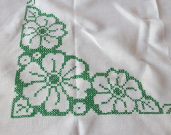 VIntage Linen White Cross Stitch Table Cloth, Hand Sewn Table Cloth, Decorative Table Cloth, Floral Table Cloth