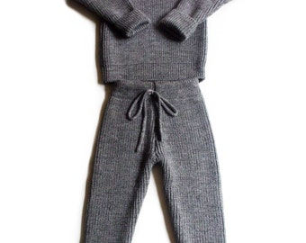 Babies/Children's/Toddlers Virgin wool turtleneck sweater and pants set/outfit/trousers/leggings/pullover/high neck/polo neck