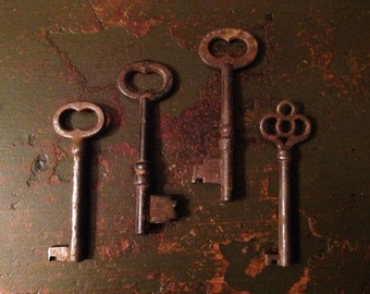 Skeleton Keys Antique