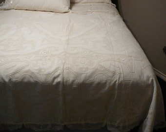 Duvet with 3 shams using vintage linens