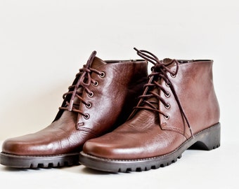 SALE Brown Leather Ankle Boot/ Lace Up Boot Size 7