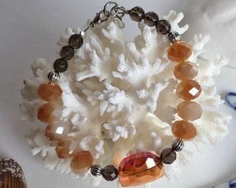 Glass and smokey quartz bracelet