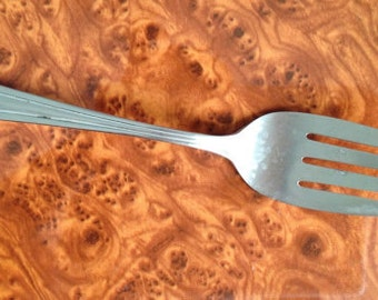Vintage International Silver 1939 METROPOLITAN/WIN Cold Meat Serving Fork 8 1/4""