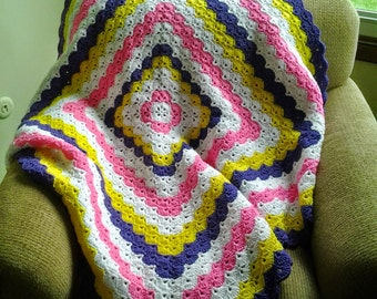 Spring Pansy Shell Afghan / Spring Pansy Shell  Blanket / Spring Pansy Shell Throw / Spring Home Decor