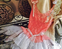 Boho, Bohemian, Pixie, Fairy women's Peachy Pink tunic! Just in time for the Renaissance fairs. Size large, stretch! Gorgeous! 36-40 Bust