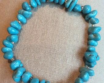 Polished Turquoise Stone Chip Bracelet