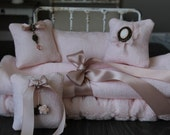Blythe/ Pullip/Dal/Jerry Berry / Yo-SD/1:6 Doll - Pink Romantic Rococo Theme Bed Linens Set with decorative pillows and decor boxes