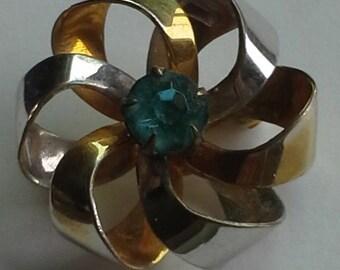 Pin/brooch/pendant 12K gold plated blue topaz CZ