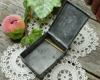 Early Antique Pewter Snuff Box