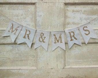 Wedding Banner, Gold Mr and Mrs Banner, Mr and Mrs Sign, Burlap banner bunting, Burlap Garland, Wedding Decor, Shower Decor, Gold Glitter