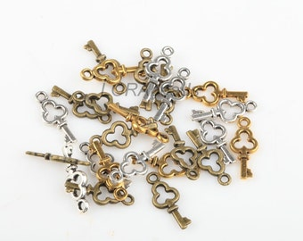150pcs silver/golden/antique copper plated Tibetan silver key pendant