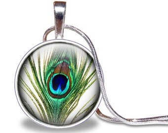 Peacock Necklace, Round Glass Pendant, Glass Tile Necklace, Peacock Feather, Feather Necklace, Feather, Peacock Pendant, Green & White