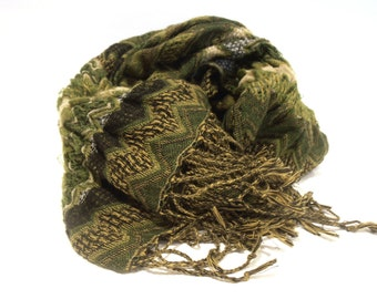 Green Scarf, Printed Scarf, Pleated Fabric, Wrinkled Scarf, Warm Scarf, Fashion Scarf, Boho Scarf, Stylish Scarf, Unique Scarf, Women scarf