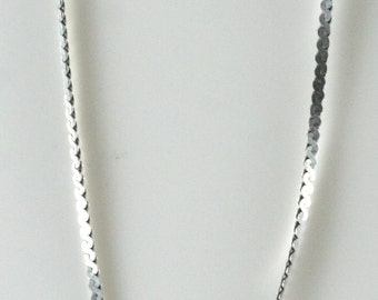 Vintage Sterling Silver Intricate, Thin Twisted  Necklace 1.7g U5678