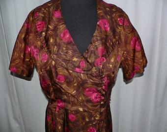 1950's Rose Print Dress in Brown, Tan, Gold and Rose // Pat Perkins dress -  XL Vintage