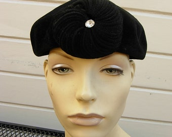 Lovely Black Velour 1930s Hat