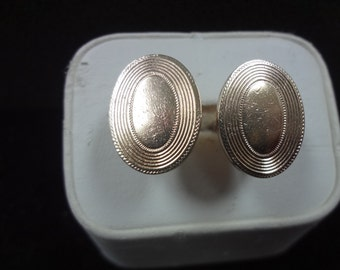 Handsome Vintage Gold tone Oval Cuff links