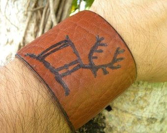 Petroglyphs Cave Drawing style burn on genuine American Buffalo Bison leather craft adjustable bracelet primitive art