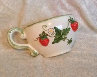Vintage Strawberry Wall Pocket Tea Cup