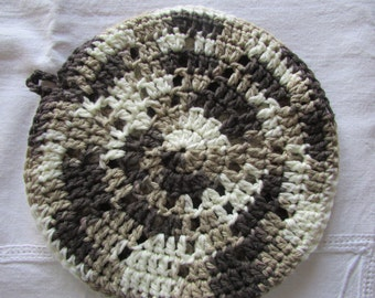 Round potholder - Double thick Hotpad - Crocheted Trivet - 100% Cotton - Brown, Beige and Cream
