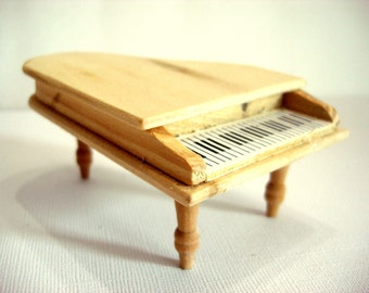 Dollhouse Piano Unfinished Wood Pine Furniture   570 G