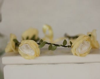 Flower Garland, Flower girl garland, vintage wedding fabric flowers