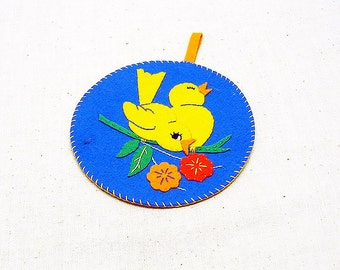 Vintage  --1930-40's Appliqued Felt Bird Design Potholder