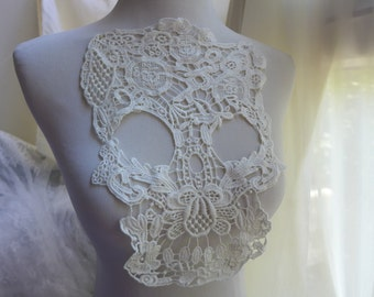 Cotton lace applique skull applique in off white for scarf, shirt, tank tops, sewing