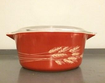 Pyrex Autumn Harvest Round Casserole Dish #475, 2.5 qt.