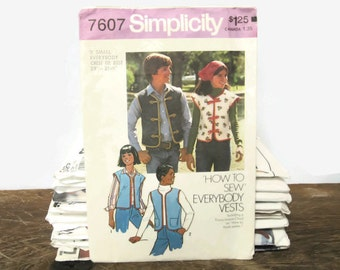 Vintage Simplicity Sewing Pattern 7607 - How To Sew, Everybody Unlined Vests - Size XS -1976-unisex button down,casual,men,women,teen, child