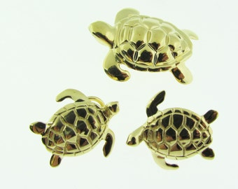 Set of Turtles. 14 K gold. Earrings and Pendant. Vintage.
