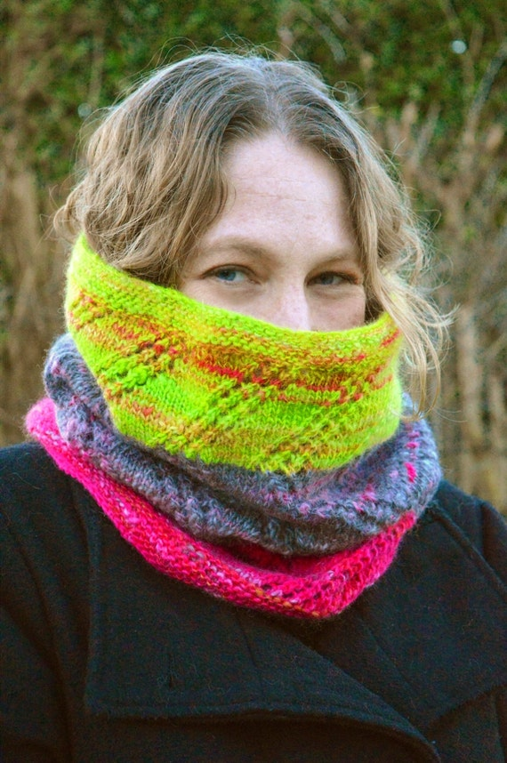 KNITTING PATTERN - Flits! Cowl with Zig Zag Lace - instant pdf download from ...